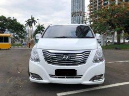 Hyundai H-1 XG Bensin 2014 Putih