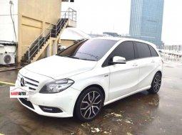 Mercedes-Benz B-CLass B 200