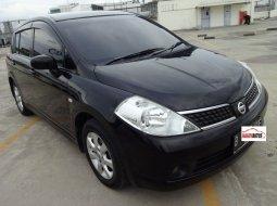 Nissan Latio 1.8 2009 hitam