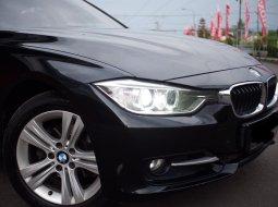 BMW 3 Series 320i Sport 2015 Hitam