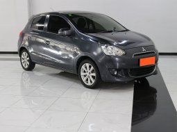 Mitsubishi Mirage Exceed AT 2014 Abu-abu