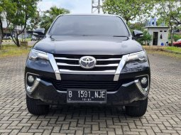 Toyota Fortuner 2,4 VRZ 2016 Black On Brown Siap Pakai Terawat TDP 70Jt