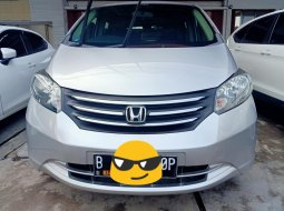 Honda Freed PSD 2011