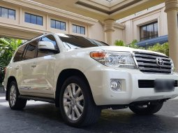 Land Cruiser UK Version Diesel 2014
