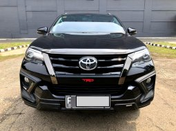 Toyota Fortuner VRZ TRD 2019 AT Hitam