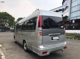Isuzu Elf NHR55 2.8 Minibus Diesel 2013 Silver