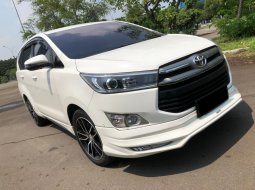 Toyota Kijang Innova 2.4V 2020 Putih