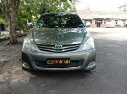 Jual mobil Toyota Kijang Innova V 2010 bekas, Jawa Timur