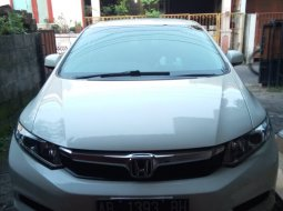 Honda Civic FB 1.8 Manual 2013