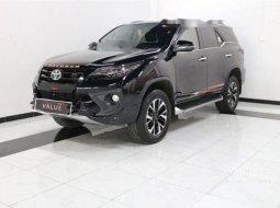 Jual cepat Toyota Fortuner TRD 2018 di Banten