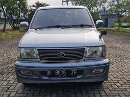 Toyota Kijang 2.4 Krista Diesel MT 2000 Wrn Silver Siap Pakai Mesin Garing