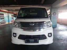 Mobil Daihatsu Luxio 2017 X dijual, Jawa Timur