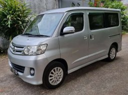 Jual mobil bekas murah Daihatsu Luxio X 2012 di Jawa Barat