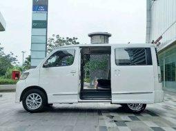 Jual mobil Daihatsu Luxio X 2014 bekas, DKI Jakarta