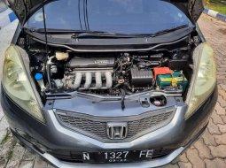 Mobil Honda Jazz 2011 RS terbaik di Jawa Timur