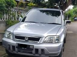 Jual cepat Honda CR-V 2001 di Banten