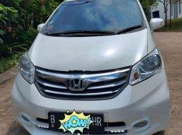 Jual Honda Freed E 2013 harga murah di Jawa Barat