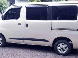 Jual Daihatsu Gran Max AC 2010 harga murah di Jawa Barat
