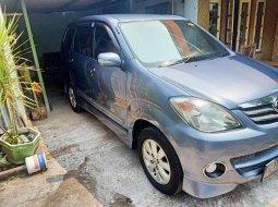 Jawa Timur, Toyota Avanza S 2009 kondisi terawat