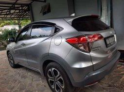 Jual cepat Honda HR-V Prestige 2017 di Jawa Tengah