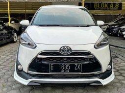Jual mobil bekas murah Toyota Sienta Q 2016 di Jawa Tengah