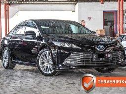 Toyota Camry 2.5 Hybrid 2019 Sedan