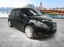 Mobil Suzuki Swift 2015 GS dijual, Jawa Timur