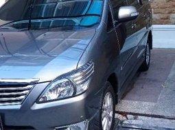 Mobil Toyota Kijang Innova 2012 V Luxury dijual, Jawa Barat