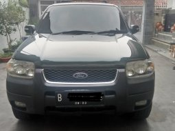 Ford Escape XLT 2003 SUV Ford escape thn 2003 tipe XLT 4x4 automatic bensin