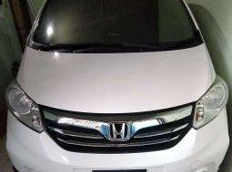 Jawa Timur, jual mobil Honda Freed PSD 2013 dengan harga terjangkau
