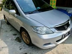Mobil Honda City 2008 VTEC terbaik di Jawa Tengah
