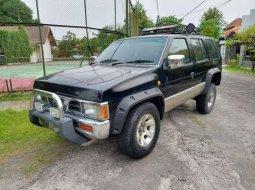 Nissan Terrano 2000 Jawa Timur dijual dengan harga termurah