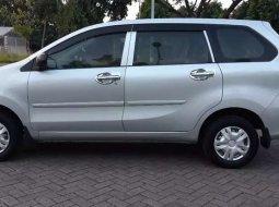 Jawa Timur, Daihatsu Xenia X 2015 kondisi terawat