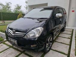 Sumatra Utara, Toyota Kijang Innova 2.0 G 2008 kondisi terawat