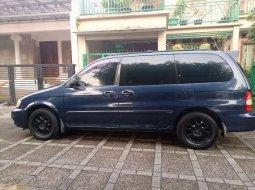 Jual mobil Kia Carnival 2000 bekas, Banten