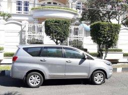 Jual mobil bekas murah Toyota Kijang Innova V 2016 di Jawa Timur