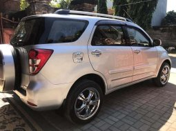 Mobil Daihatsu Terios 2010 TX terbaik di Bali