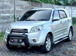 Jawa Timur, Daihatsu Terios TX ADVENTURE 2010 kondisi terawat