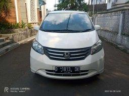 Honda Freed 2009 Jawa Barat dijual dengan harga termurah