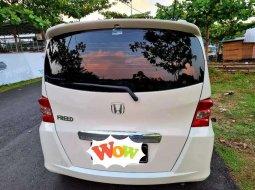 Dijual mobil bekas Honda Freed 1.5, Jawa Timur