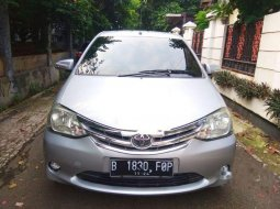 Dijual mobil bekas Toyota Etios Valco E, DKI Jakarta