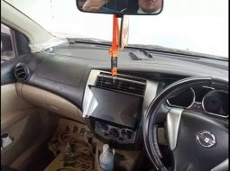 Jual Nissan Grand Livina SV 2014 harga murah di DKI Jakarta