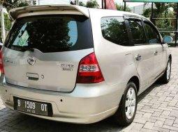 Mobil Nissan Grand Livina 2007 XV terbaik di Jawa Tengah