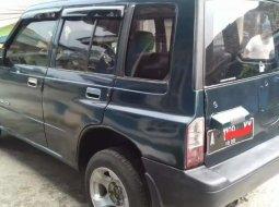 Mobil Suzuki Sidekick 1996 1.6 terbaik di Banten