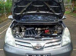 Jual mobil bekas murah Nissan Grand Livina XV Ultimate 2012 di Banten