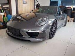 Jual mobil bekas murah Porsche 911 2012 di DKI Jakarta