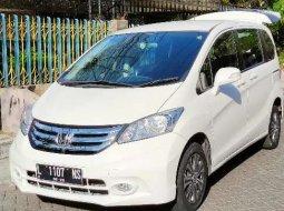 Mobil Honda Freed 2015 PSD dijual, Jawa Timur