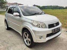 Dijual mobil bekas Toyota Rush G, Banten
