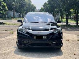Honda HR-V 1.5L E CVT 2016 Hitam