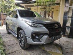 Jual cepat Toyota Fortuner TRD 2017 di Banten